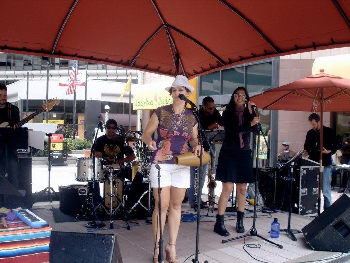 Alexa Weber Morales Band, Oakland City Center