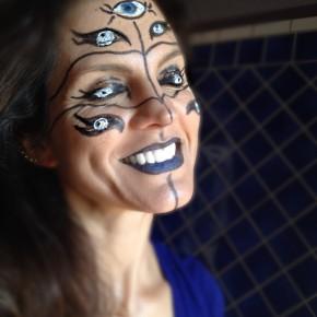 Easy many-eyed Cyclops Halloween makeup tutorial