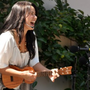 Ukelele & Remo drum endorsee Kathy Quain joins me to teach music in nature!